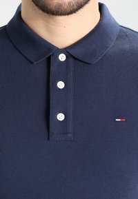 Tommy Jeans - ORIGINAL FINE SLIM FIT - Poloskjorter - black iris - 3