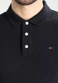 Tommy Jeans - ORIGINAL FINE SLIM FIT - Poloskjorter - tommy black - 3