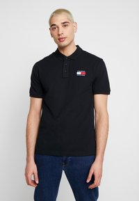 Tommy Jeans - BADGE  - Polo - black - 0