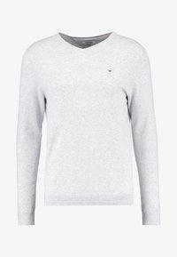 Tommy Jeans - ORIGINAL - Stickad tröja - light grey heather - 4