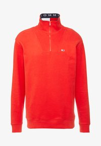 Tommy Jeans - SOLID ZIP MOCK NECK - Mikina - red - 4
