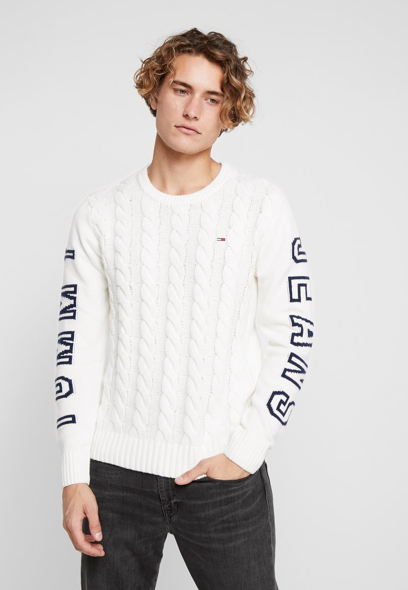 Tommy Jeans - CABLE LOGO - Jumper - marshmallow/black iris