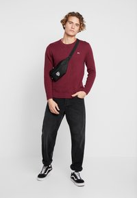 Tommy Jeans - CLASSICS - Stickad tröja - burgundy - 1