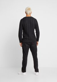 Tommy Jeans - ESSENTIAL CABLE - Neule - grey twisted - 2