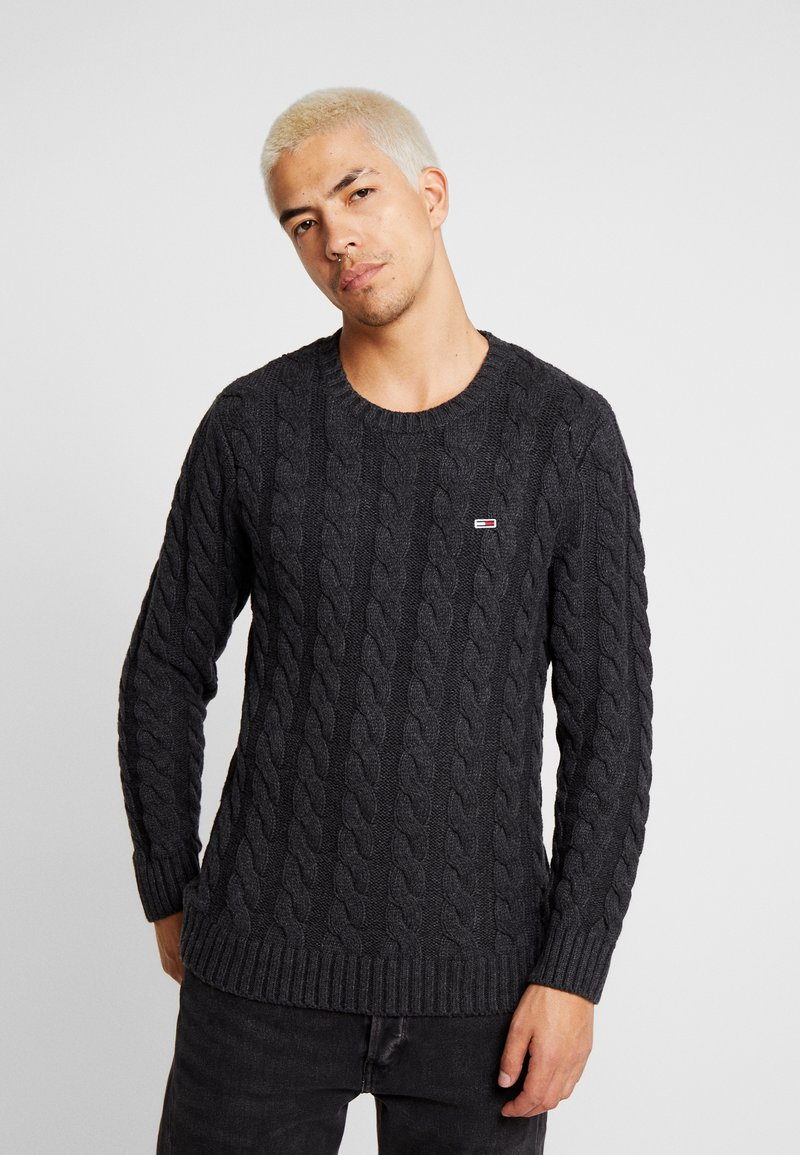 Tommy Jeans - ESSENTIAL CABLE - Neule - grey twisted