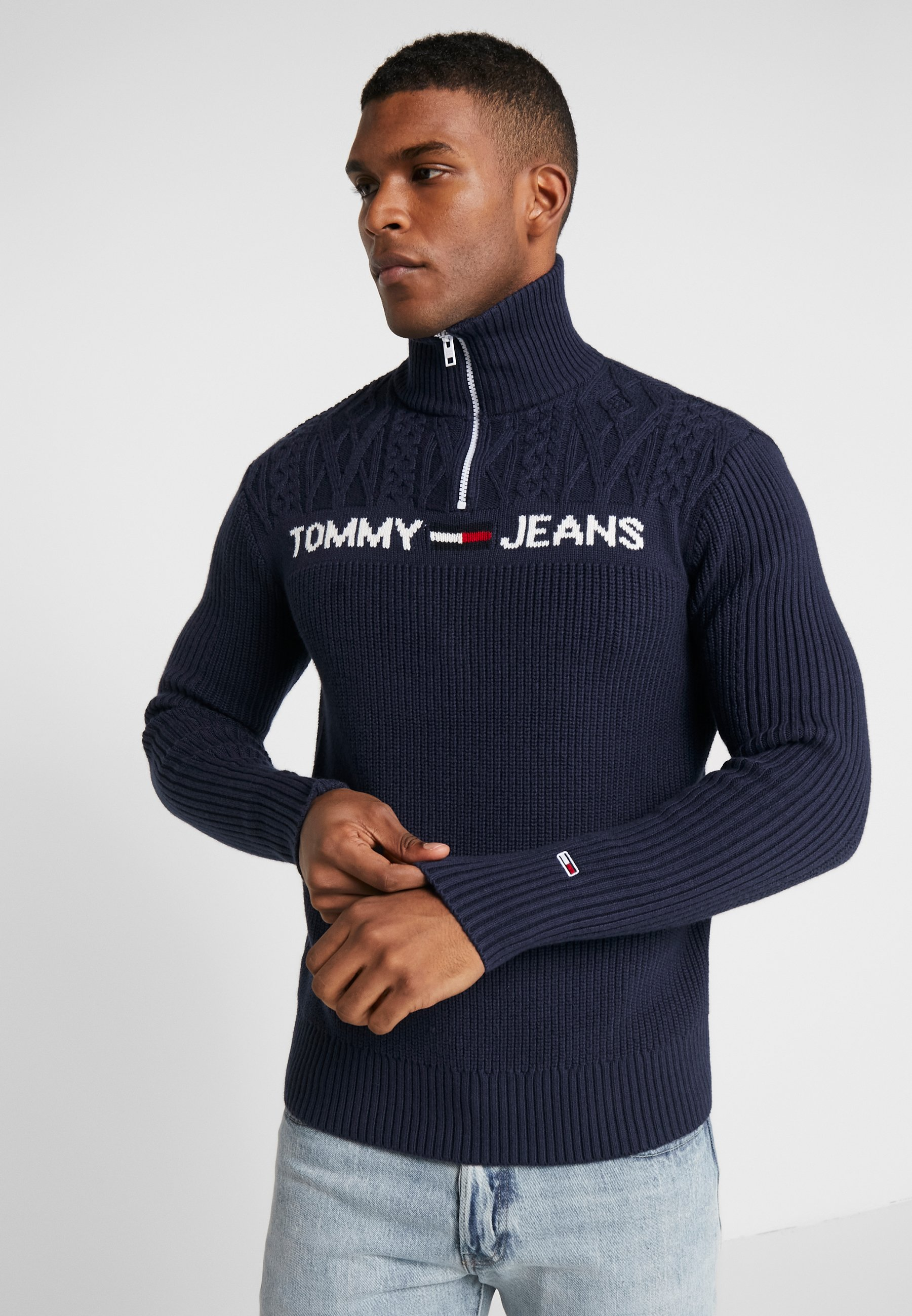 Tommy Jeans TEXTURED MOCK - Sweter - black iris