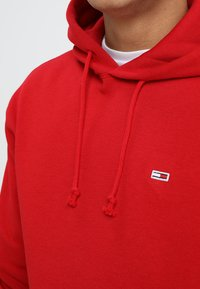 Tommy Jeans - CLASSICS HOODIE - Hoodie - red - 3
