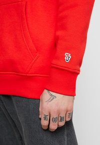 Tommy Jeans - CLASSICS HOODIE - Hoodie - red - 4