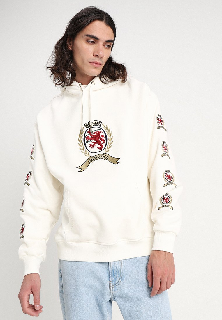 Tommy Jeans - CREST HOODIE - Jersey con capucha - cloud dancer