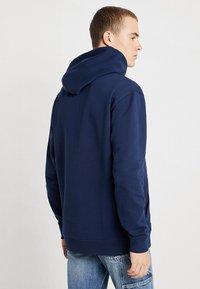 Tommy Jeans - CLASSICS HOODIE - Bluza z kapturem - blue - 2