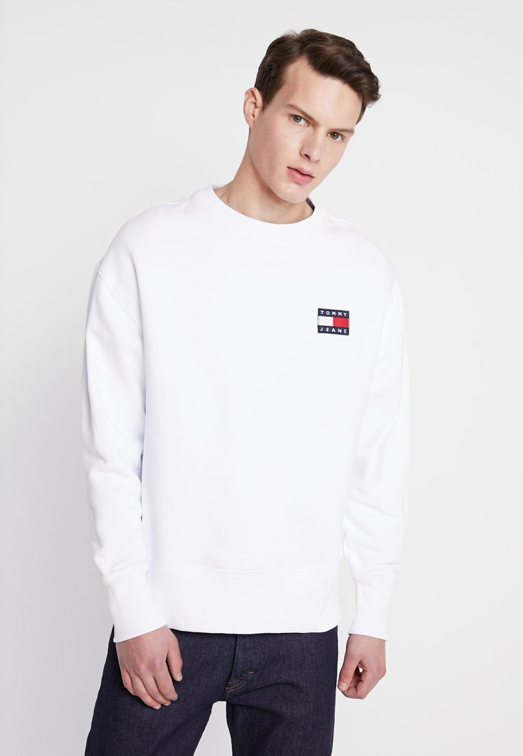 Tommy Jeans - BADGE CREW - Sweatshirt - white