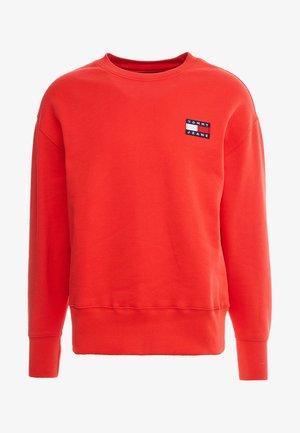 BADGE CREW - Sweatshirt - red