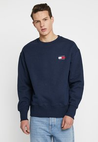 Tommy Jeans - BADGE CREW - Sweatshirt - blue - 0