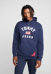 Tommy Jeans - AMERICANA HOODIE - Sweat à capuche - black iris - 0