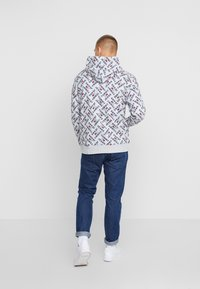 Tommy Jeans - ALLOVER HOODIE - Sweat à capuche - light grey heather - 2