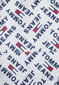 Tommy Jeans - ALLOVER HOODIE - Hoodie - light grey heather - 6