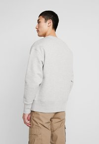 Tommy Jeans - FLAG CREW - Sweater - light grey - 2
