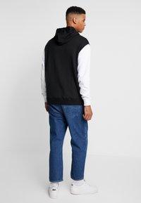 Tommy Jeans - COLORBLOCK HOODIE  - Hoodie - black - 2