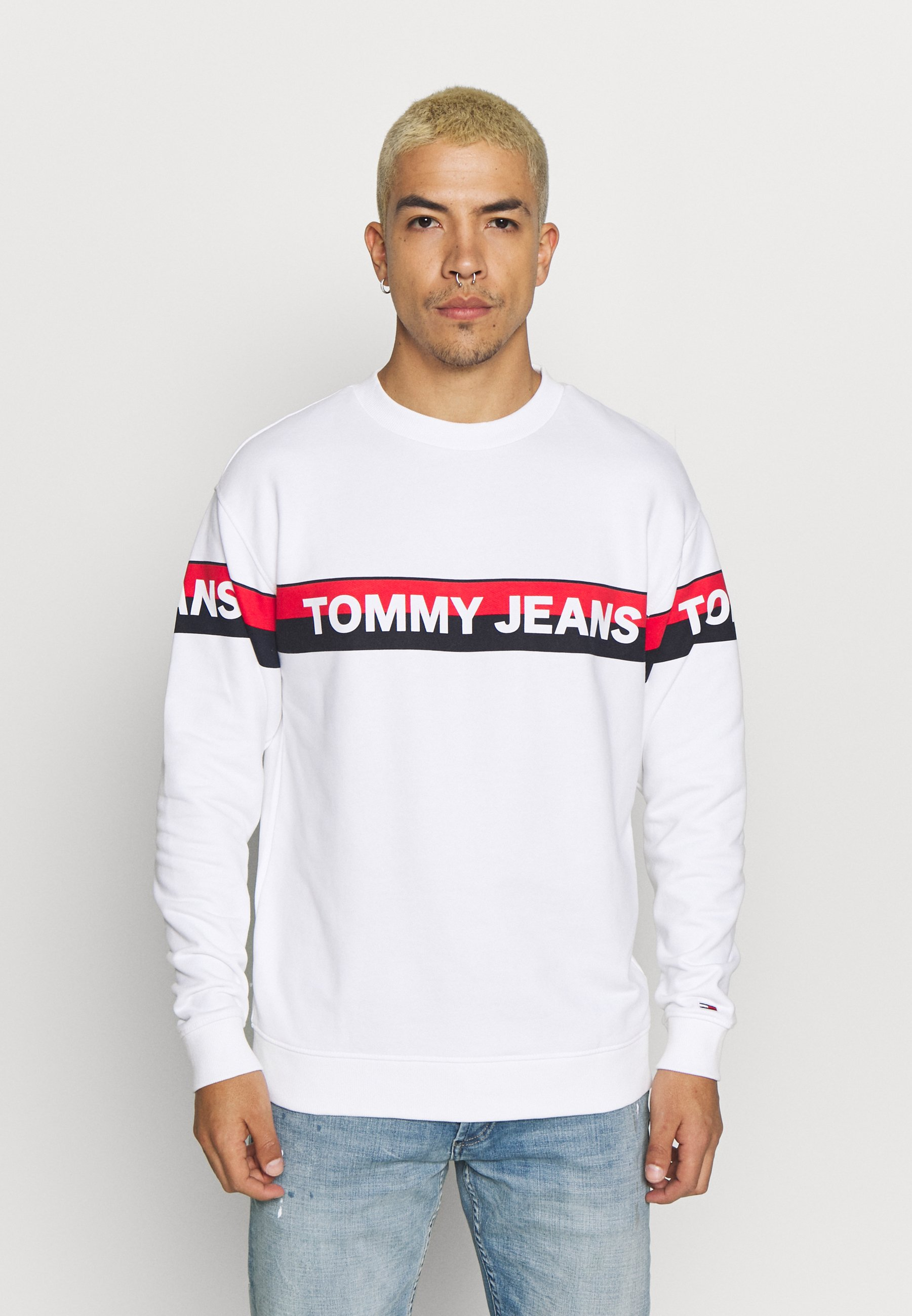 Tommy Jeans BAND LOGO CREW - Bluza - white