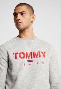 Tommy Jeans - CREW - Sweatshirt - grey - 4