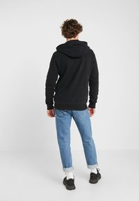 Tommy Jeans - ESSENTIAL GRAPHIC ZIP TROUGH - Felpa aperta - black - 2
