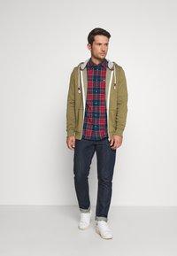Tommy Jeans - ZIPTHROUGH - veste en sweat zippée - uniform olive - 1