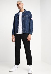 Tommy Jeans - OVERSIZED TRUCKER - Spijkerjas - denim - 1