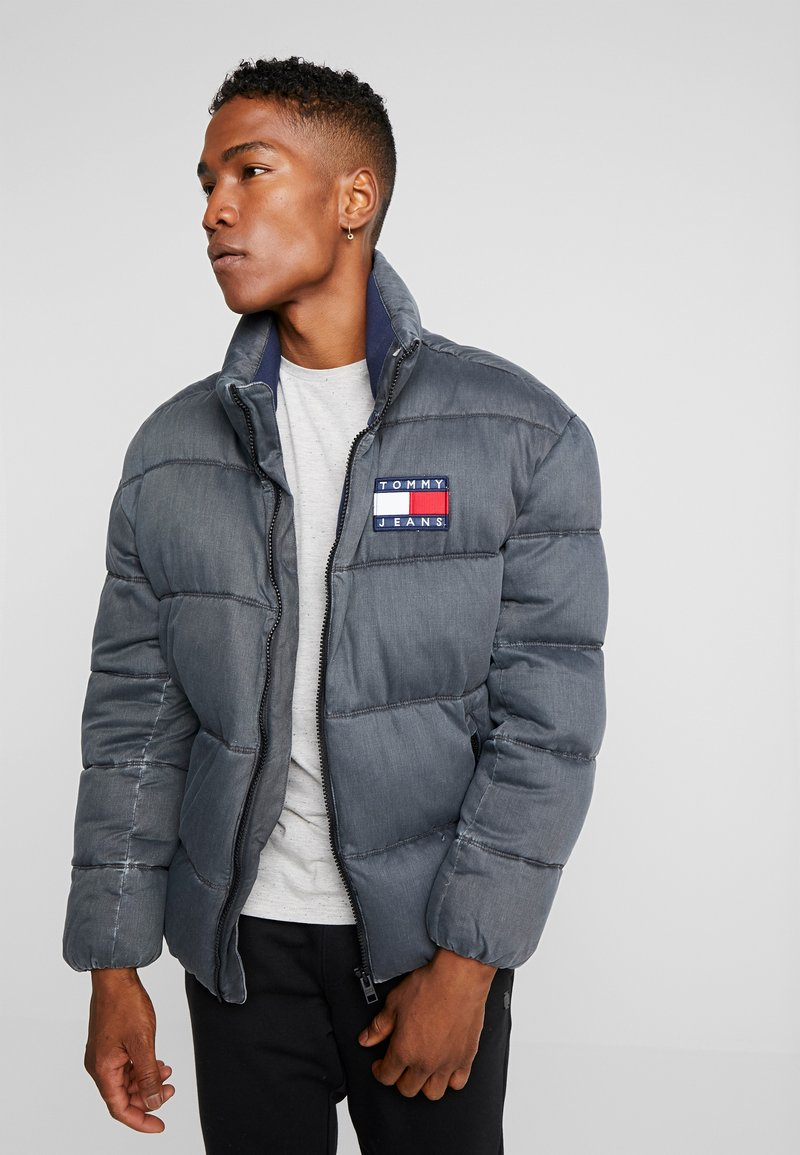 Tommy Jeans - WASHED PADDED JACKET - Winter jacket - tommy black