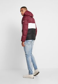 Tommy Jeans - COLORBLOCK - Giacca invernale - burgundy - 2