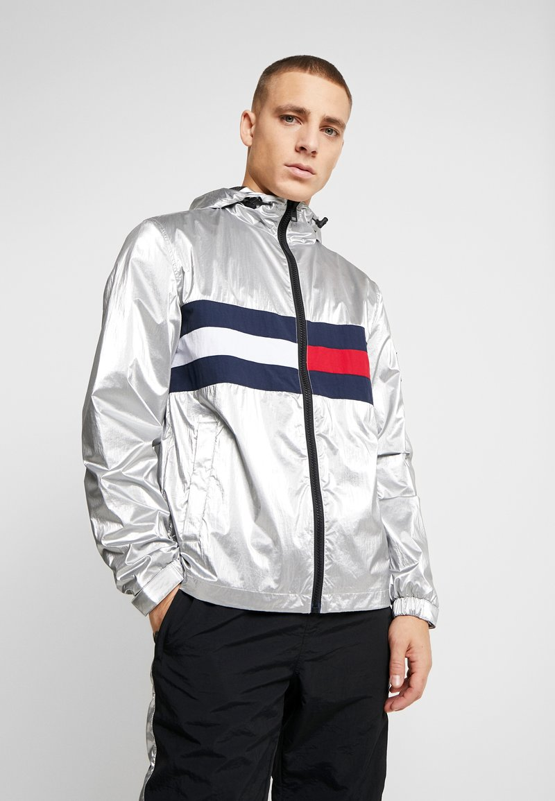 Tommy Jeans - JACKET  - Windbreakers - metallic