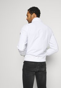 Tommy Jeans - ESSENTIAL JACKET - Summer jacket - white - 2