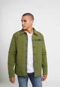 Tommy Jeans - PADDED COLLAR - Lehká bunda - cypress - 0