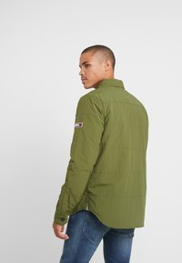 Tommy Jeans - PADDED COLLAR - Lehká bunda - cypress - 2