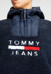 Tommy Jeans - POPOVER - Fleecejakke - black iris - 5