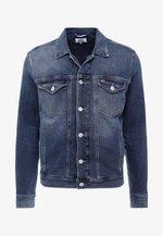 REGULAR TRUCKER JACKET - Džínová bunda - dark-blue denim