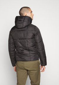 Tommy Jeans - TJM BASIC HD JACKET  - Zimní bunda - black - 2
