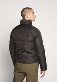Tommy Jeans - TJM BASIC HD JACKET  - Zimní bunda - black - 3