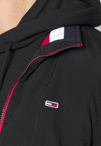 Tommy Jeans - ESSENTIAL PADDED JACKET - Jas - black - 4