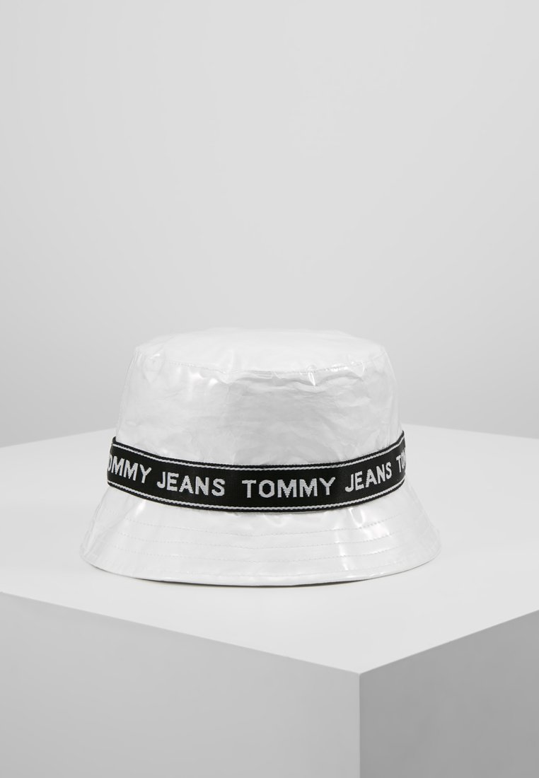 Tommy Jeans - LOGO TAPE BUCKET HAT - Hat - white