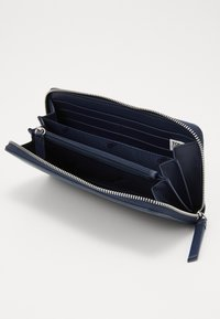 Tommy Jeans - NEW MODERN WALLET - Peněženka - dark blue - 4