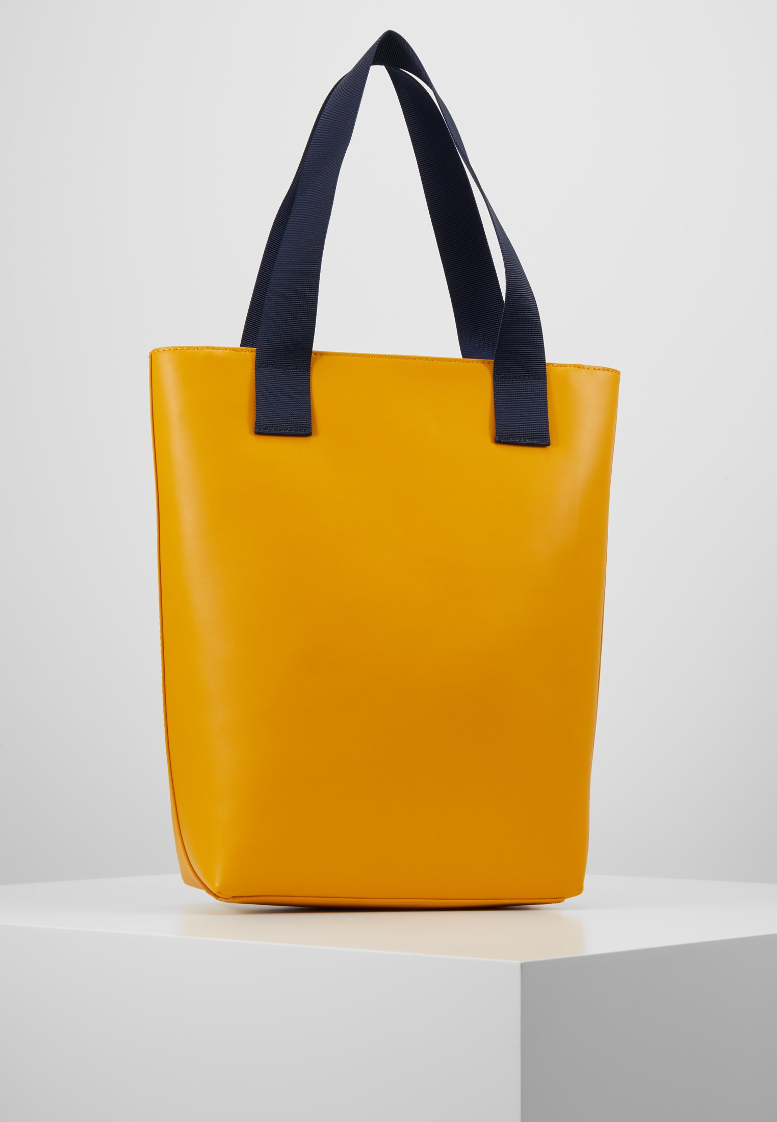 Tommy Yellow ToteCabas Femme Femme Jeans ToteCabas Yellow Femme Jeans Jeans ToteCabas Tommy Tommy ygb7vIYf6