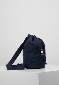 Tommy Jeans - HERITAGE SMALL SLING BAG - Handtas - blue - 3