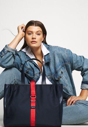 MODERN TWIST TOTE - Tote bag - blue