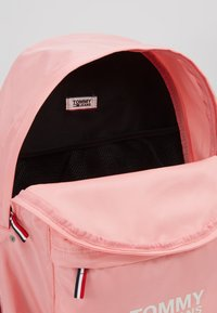 Tommy Jeans - COOL CITY BACKPACK - Rucksack - pink - 4