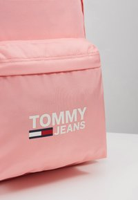 Tommy Jeans - COOL CITY BACKPACK - Rucksack - pink - 6