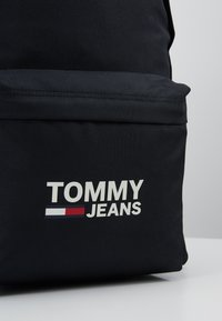 Tommy Jeans - COOL CITY BACKPACK - Rugzak - black - 6