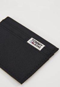 Tommy Jeans - COOL CITY HOLDER - Lompakko - black - 2
