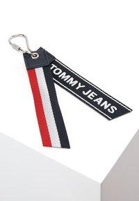 Tommy Jeans - LOGO BUMBAG - Ledvinka - blue - 4