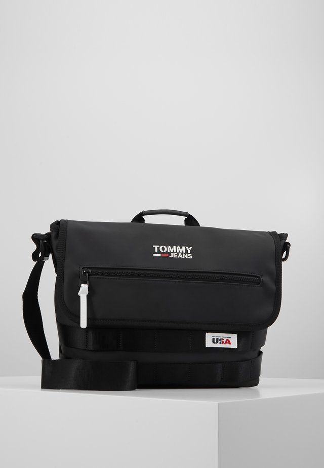 CASUAL UTILITY MESSENGER - Across body bag - black