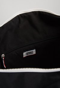 Tommy Jeans - COOL CITY DUFFLE - Sac week-end - black - 5